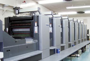 枚葉両面8色印刷機イメージ